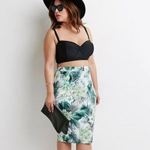 Forever 21 Plus Size Tropical Pencil Skirt